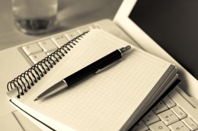 Notebook Pen Laptop_iStock_000002482510Small